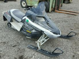 Salvage Arctic Cat SNOWMOBILE